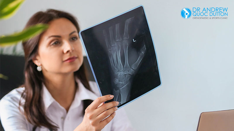 Dr Andrew Dutton Hand Surgery